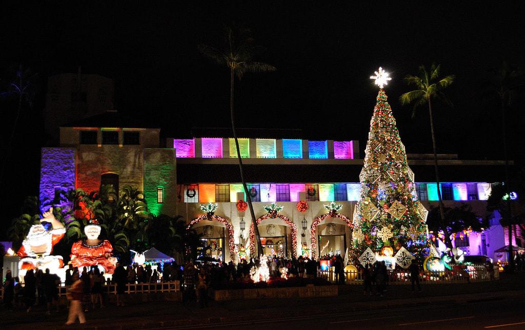 honolulu city lights are going on now thru christmas